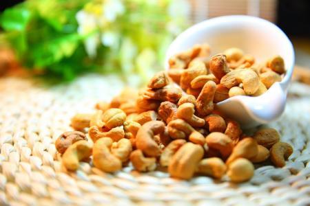 Bílkoviny v potravinách - 130 nejlepších živočišných i rostlinných zdrojů