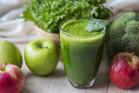 6 super nápojů pro zrychlení metabolismu