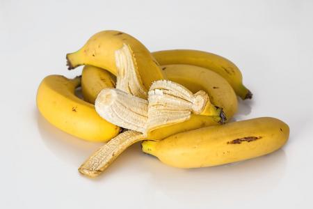 10 užitečných způsobů, jak využít banánové slupky