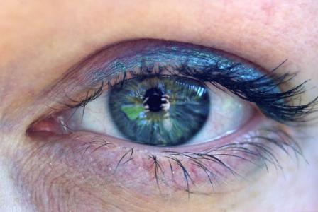 Oční cvičení vám může snížit dioptrie