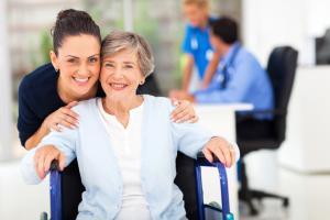 Podpora při ošetřování člena rodiny - kdy máte nárok?