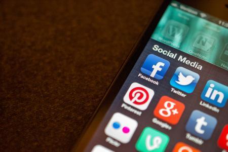 10 způsobů, jakými sociální média ovlivňují naše duševní zdraví