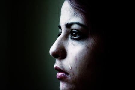 Psychické týrání v manželství začíná velmi nenápadně