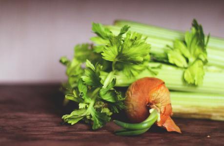 Řapíkatý celer a zdraví - 10 účinků, které musíte znát