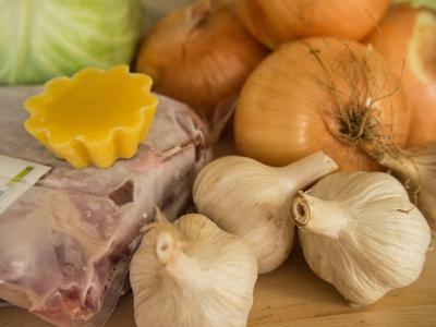Česnek, cibule a zelí - nejlepší potraviny na posílení imunity