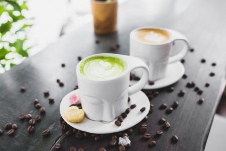 Zelená káva: pomocník při hubnutí?