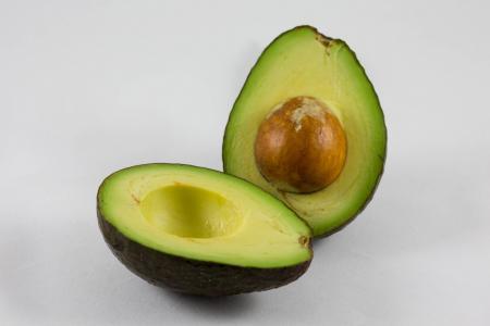 10 překvapujících léčivých účinků pecky z avokáda