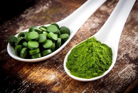 13 léčivých účinků chlorelly, které je dobré znát