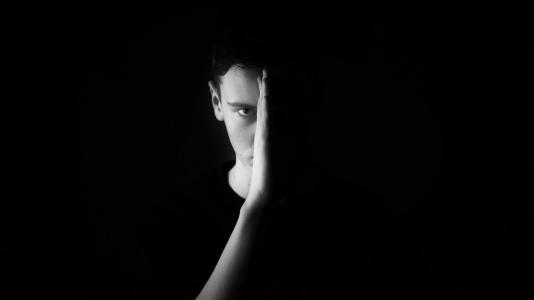 13 typů chování, které vám ničí život a měli byste se je odnaučit