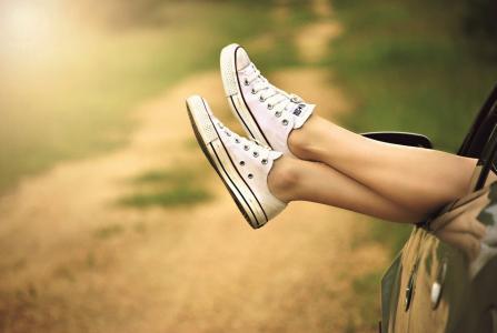 7 důvodů, proč byste si před spaním měli masírovat nohy
