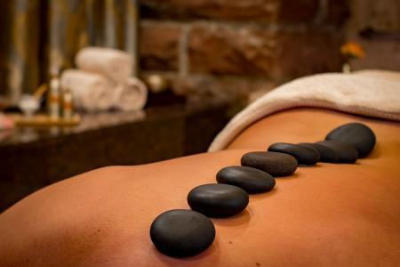 Masáž lávovými kameny a její přínosy pro zdraví