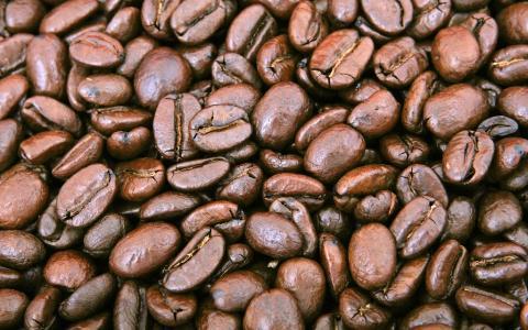 10 důvodů, proč začít ráno šálkem kávy